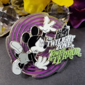 3/$35 Disney The Twilight Zone Tower of Terror Pin